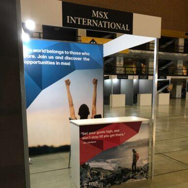Pannelli stampati per lo stand di MSX International